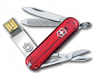 Victorinox Slim Signature Knife with Memory Stick